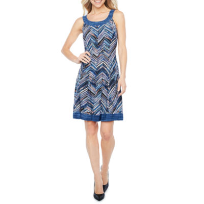 Robbie Bee Sleeveless Chevron Fit & Flare Dress