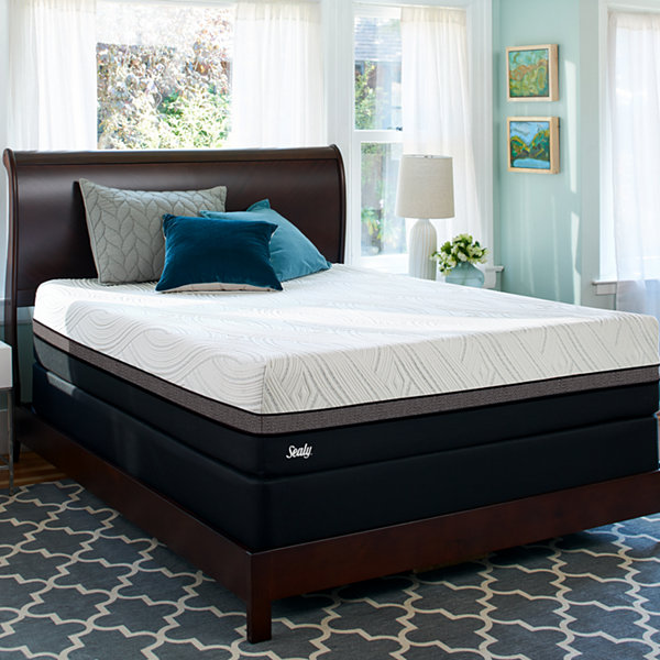 Sealy® Conform Premium Wondrous Ultra Plush - Mattress + Box Spring