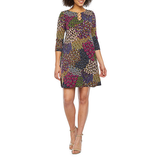 MSK 3/4 Sleeve Feather Print Shift Dress