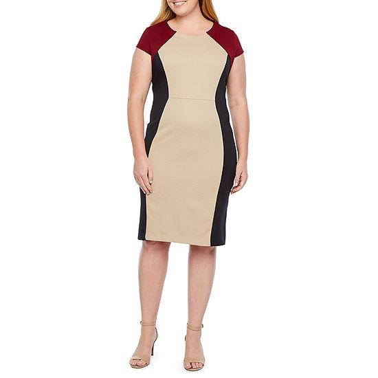 Ronni Nicole-Plus Short Sleeve Midi Sheath Dress