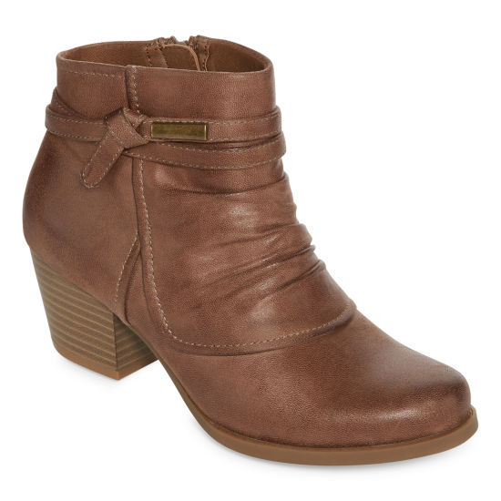 Yuu Womens Ryker Bootie Stacked Heel Zip
