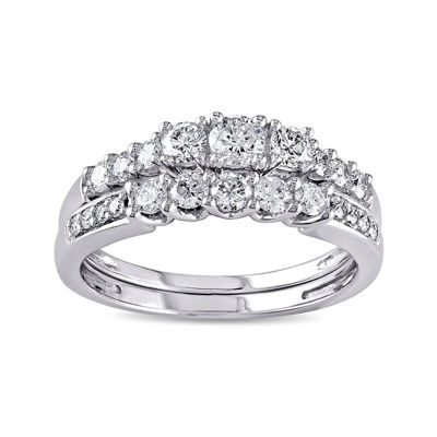 4/5 CT. T.W. Diamond 14K White Gold Bridal Ring Set