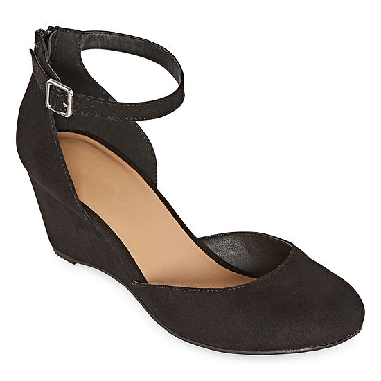 Arizona Womens Mazon Buckle Round Toe Wedge Heel Pumps