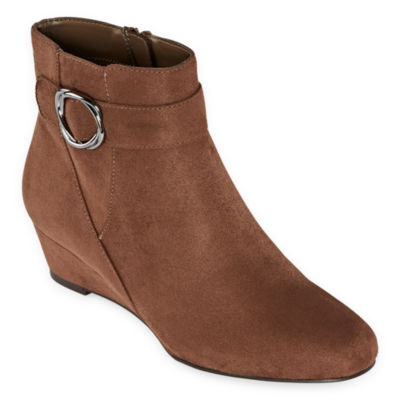 east 5th Womens Geo Wedge Heel Booties
