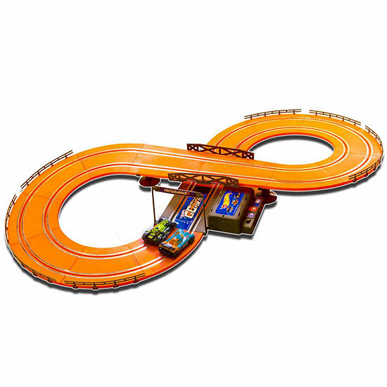 Hot Wheels Kidz Tech Battery Operated 9.3 Ft. Slot Racing Track