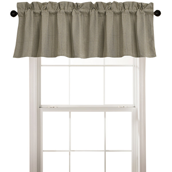 Fairfield Valance