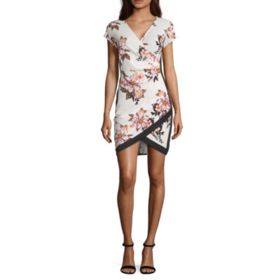 Almost Famous Short Sleeve Floral Bodycon Dress-Juniors