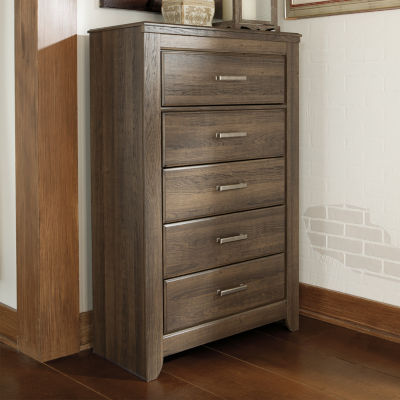 Signature Design by Ashley® Juararo 5-Drawer Chest