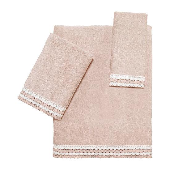 Avanti Medford Bordered Crochet Bath Towel