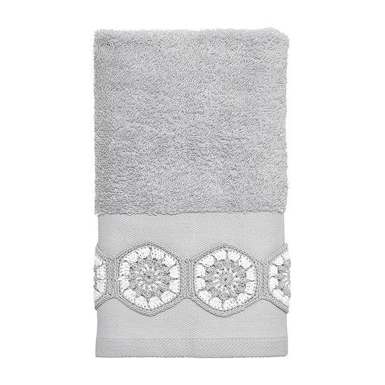 Avanti Somerville Bordered Crochet Bath Towel