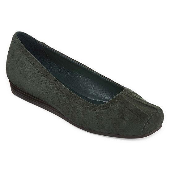 Yuu Iberg Womens Casual Shoe