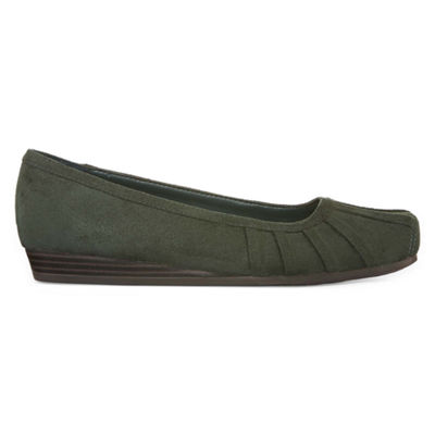 Yuu Iberg Womens Casual Shoe
