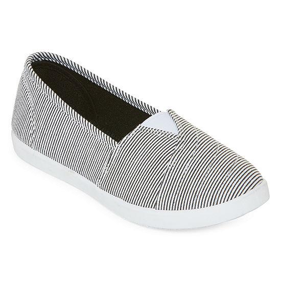 Mixit Womens Slip-On Shoe Closed Toe