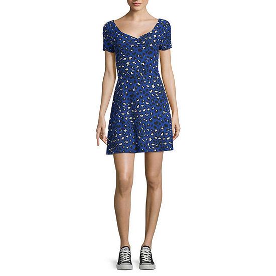 Arizona Short Sleeve Skater Dress - Juniors
