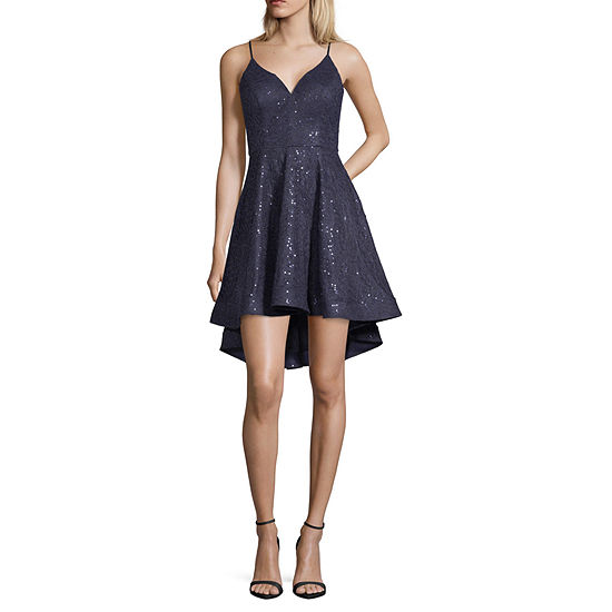 B. Darlin Sleeveless Party Dress Juniors