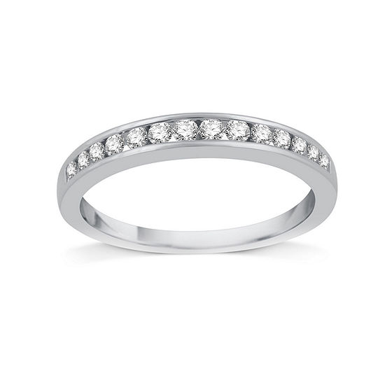 1/4 CT. T.W. Diamond 10K White Gold Band