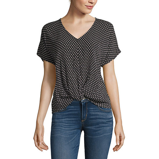 by&by V Neck Short Sleeve Twist Front Top- Juniors