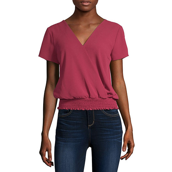 by&by-Juniors Womens V Neck Short Sleeve Blouse