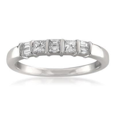 Womens 3/8 CT. T.W. White Diamond 14K Gold Wedding Band