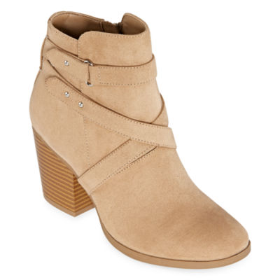 a.n.a Womens Lexington Booties Stacked Heel