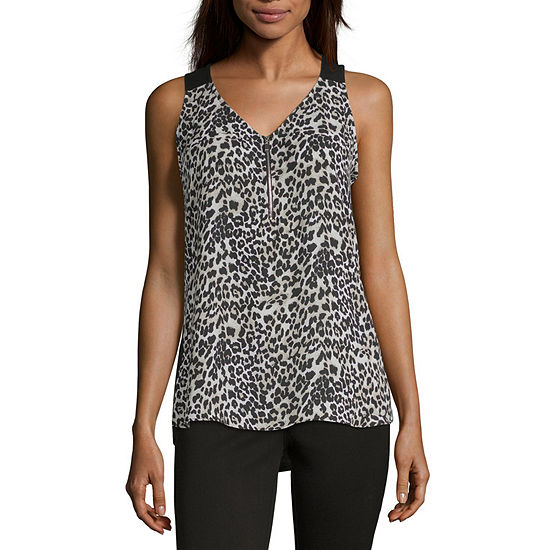 by&by Womens V Neck Sleeveless Tank Top Juniors