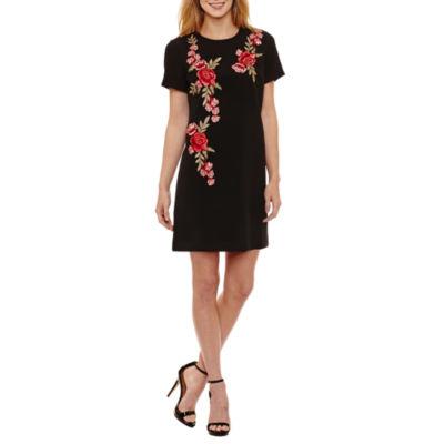 R & K Originals Short Sleeve Floral Shift Dress-Petites