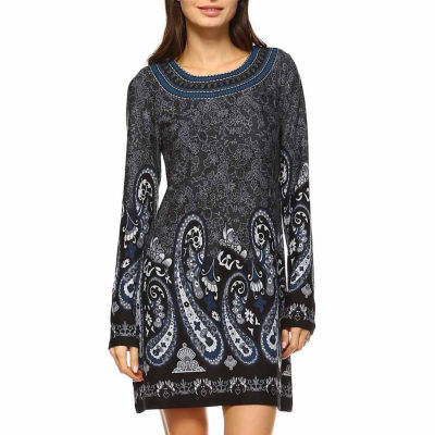 White Mark Sandrine Embroidered Sweater Dress