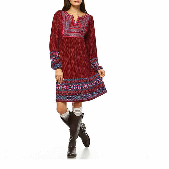 White Mark Atarah Embroidered Long Sleeve Sweater Dress