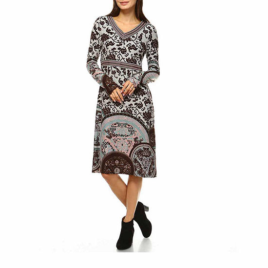 White Mark Naarah Embroidered Long Sleeve Sweater Dress