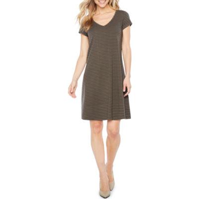 Ronni Nicole Short Sleeve Stripe Shift Dress