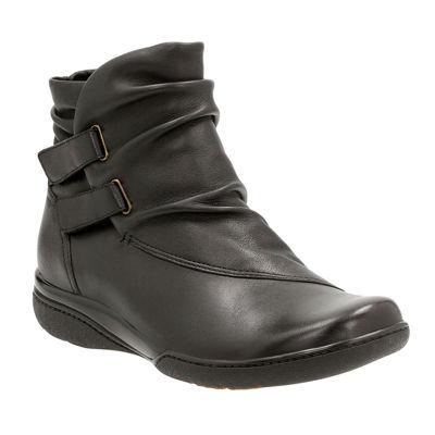 Clarks® Kearns Garden Ankle Boots