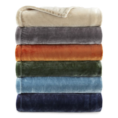 Home Expressions Velvet Plush Solid Throw