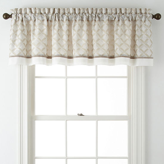 Quad Rod-Pocket Valance