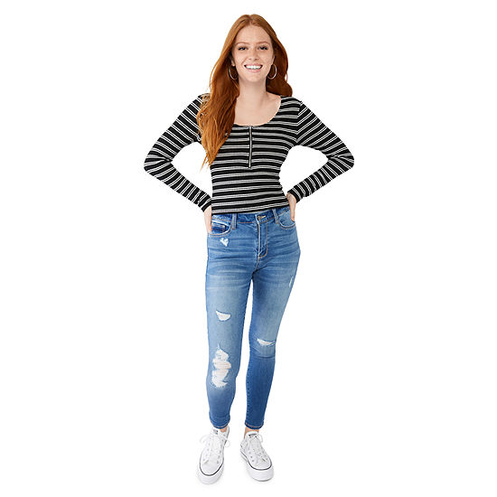Denim: High Rise Ankle Jeggings and Zip Front Top