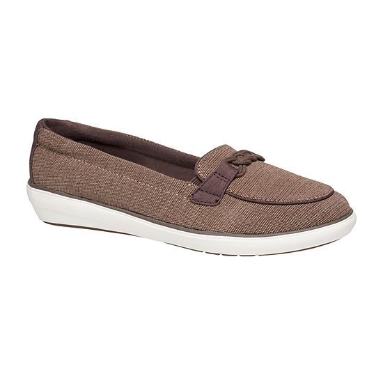 Grasshoppers Womens Windsor Round Toe Slip-On Shoe