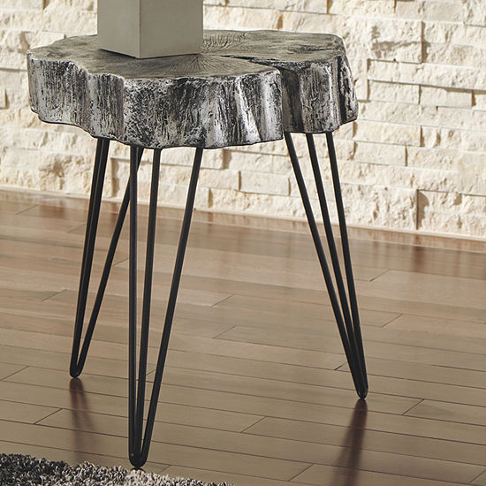 Signature Design by Ashley Dellman Chairside Table
