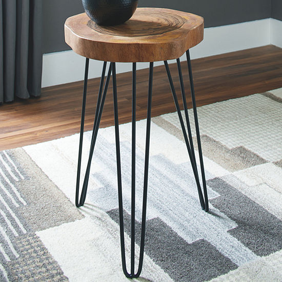 Signature Design by Ashley Eversboro Chairside Table