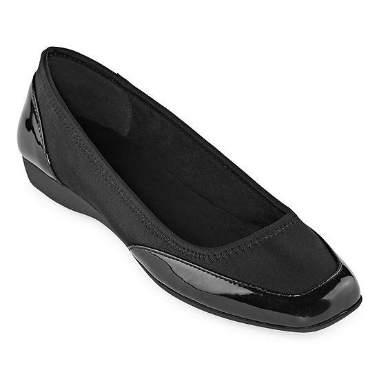 east 5th Womens Kenosha Slip-On Shoe-Wide Width
