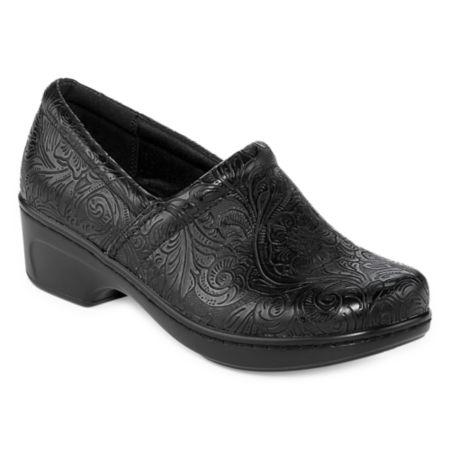 Yuu Bethanee Slip On Shoes