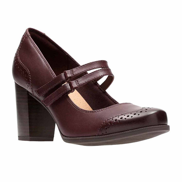 Clarks Claeson Tilly Leather Womens Mary Jane Shoes