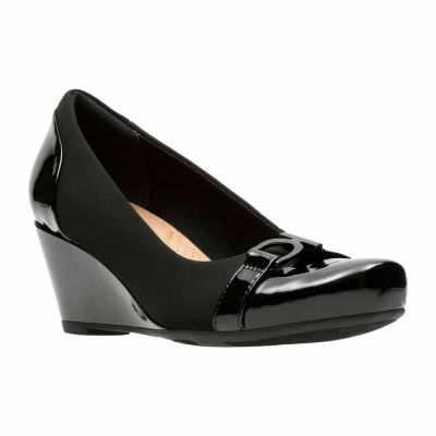 Clarks Flores Poppy Womens Slip-On Shoes