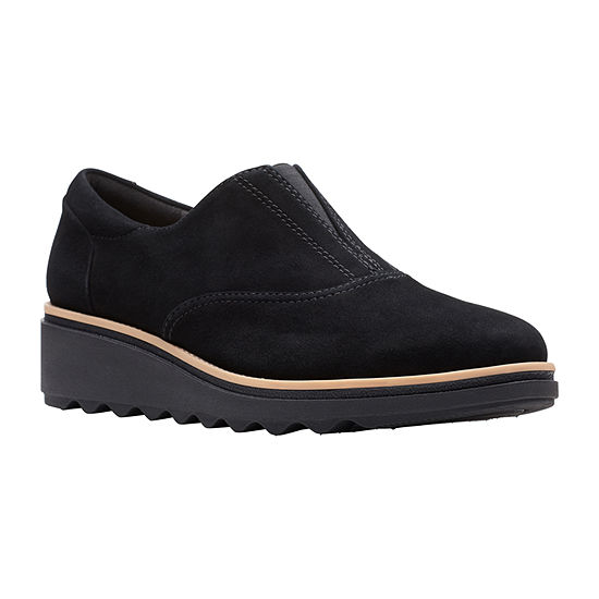 Clarks Womens Sharon Sail Slip-On Shoe