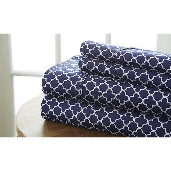 Casual Comfort™ Premium Ultra Soft Quatrefoil Pattern Microfiber Wrinkle Free Sheet Set
