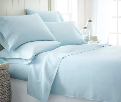 Casual Comfort™ Premium Ultra Soft Microfiber Wrinkle Free Sheet Set