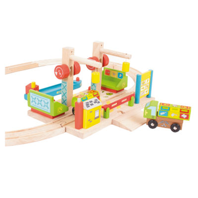 Dockside Recycling Center Wooden Train Accessory Train