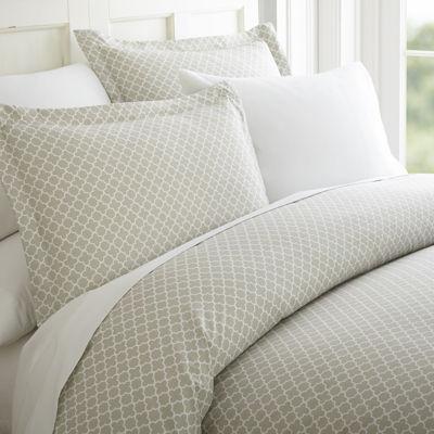 Casual Comfort™ Premium Ultra Soft Quatrefoil Pattern Duvet Cover Set