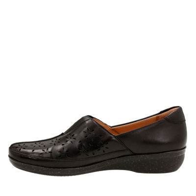 Clarks Everlay Dairyn Womens Slip-On Shoes