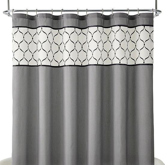 Royal VelvetR Kaler Shower Curtain