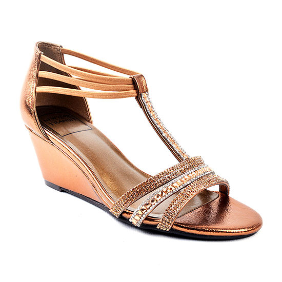 New York Transit Womens Badges Shine Wide Width Wedge Sandals