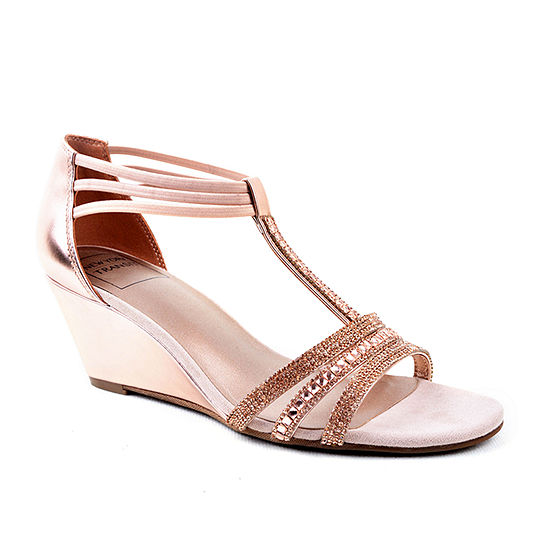 New York Transit Womens Badges Wide Width Shine Wedge Sandals